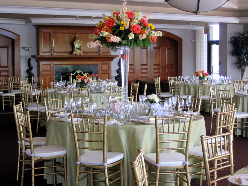 color and words products – Renting Chiavari Chairs